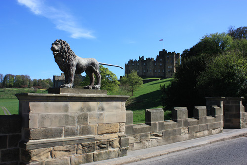 Alnwick Castle and the Lion Bridge. the lion is the sumbol of the Percys. Photo: David Simpson