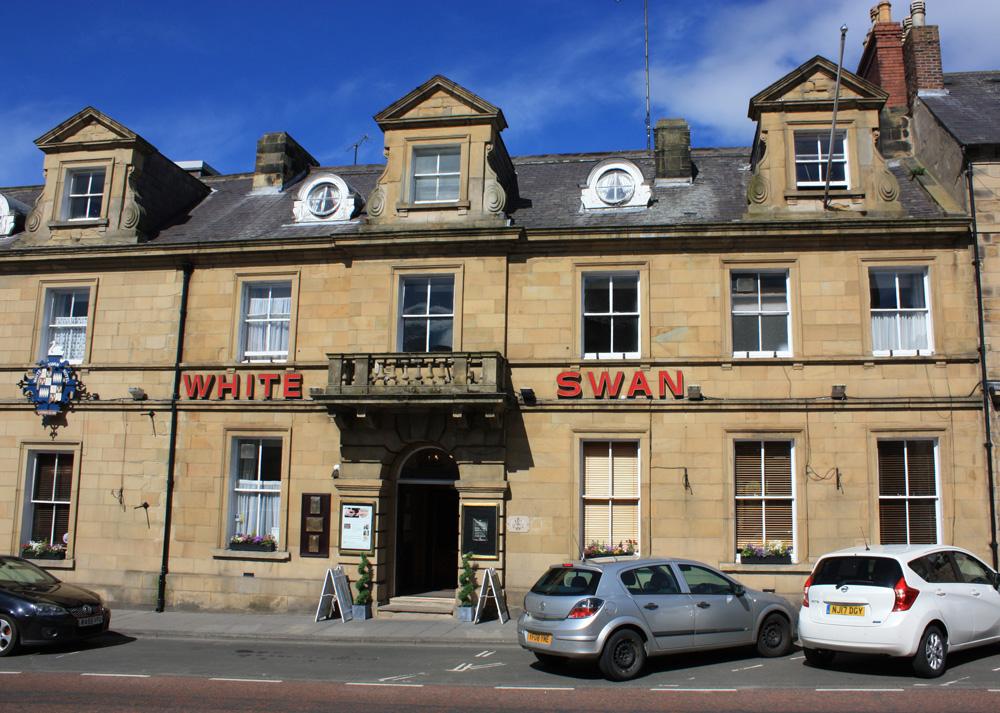 White Swan Inn. Alnwick