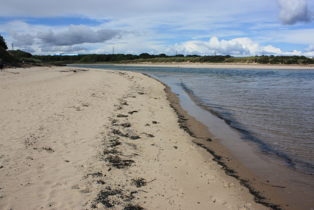 Cambois beach and Wansbeck river.