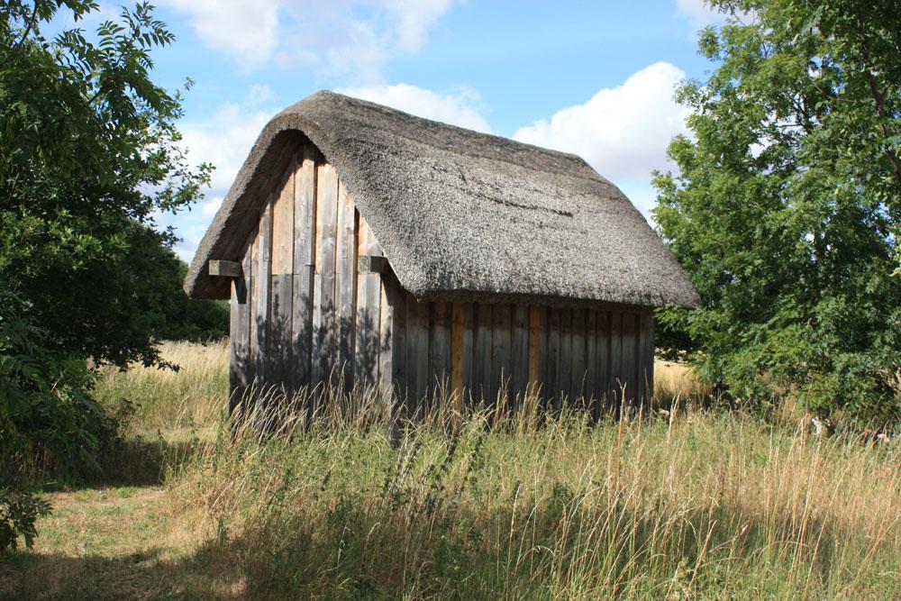 Dark Age house reconstruction Maelmin