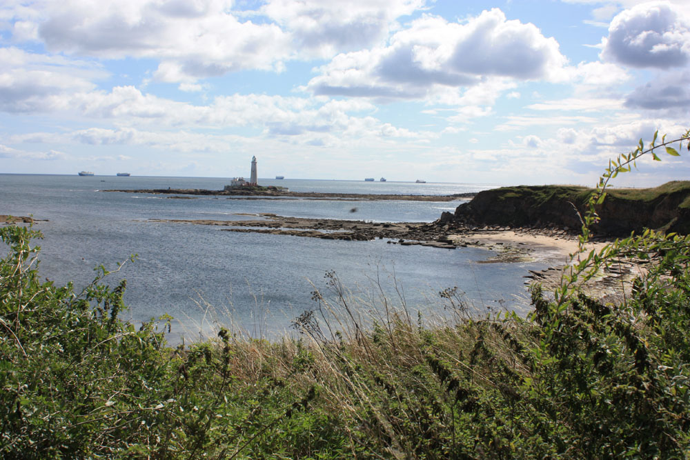 St Mary's Lighthouse from Old Hartley