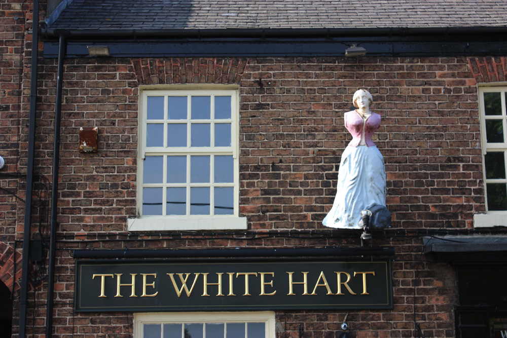 The White hart pub, Hart village.
